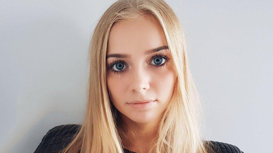 blondecuteness