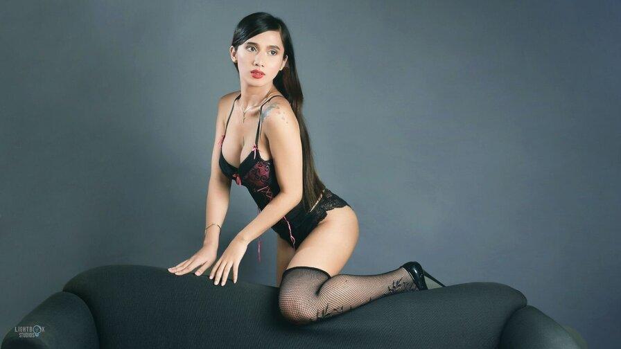 AnastasiaLiam