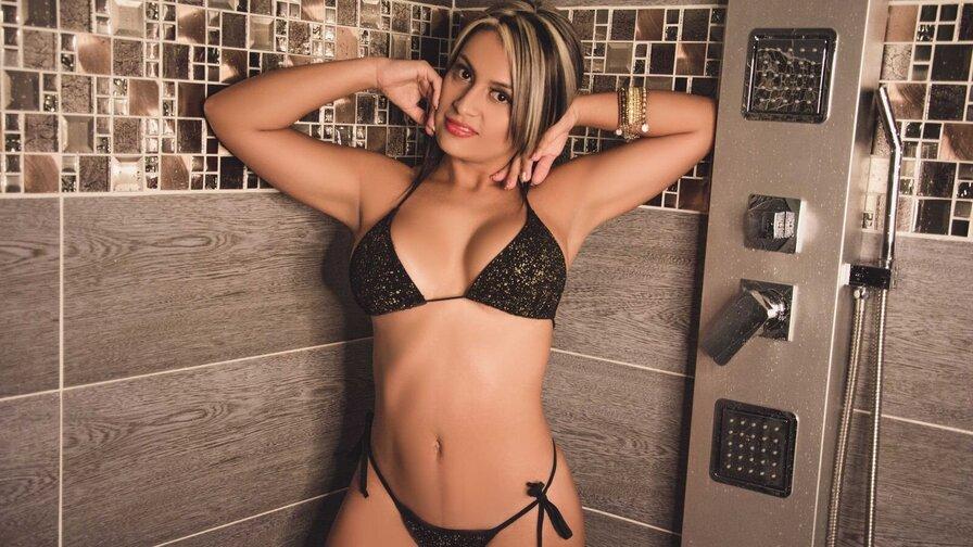 DanielaSalaz