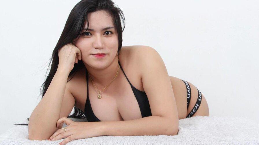 AsianLarra
