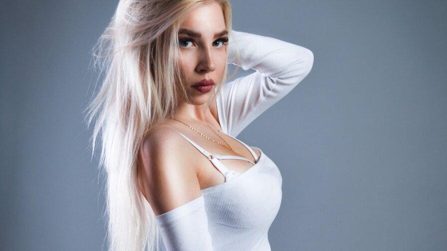 MeganAngelix
